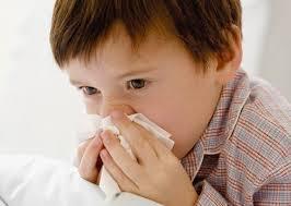 nino con gripa