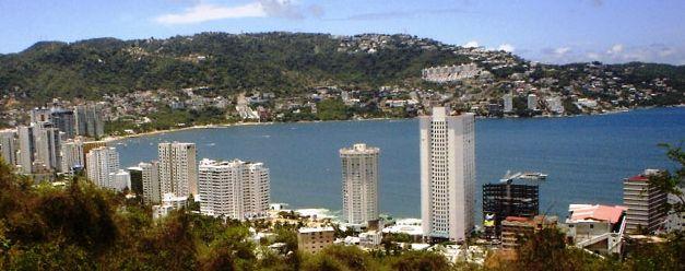 acapulco5 slide